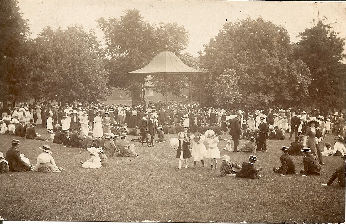 A busy day around the band stand in People's Park c.1900